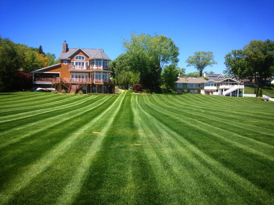 lawn care muskegon